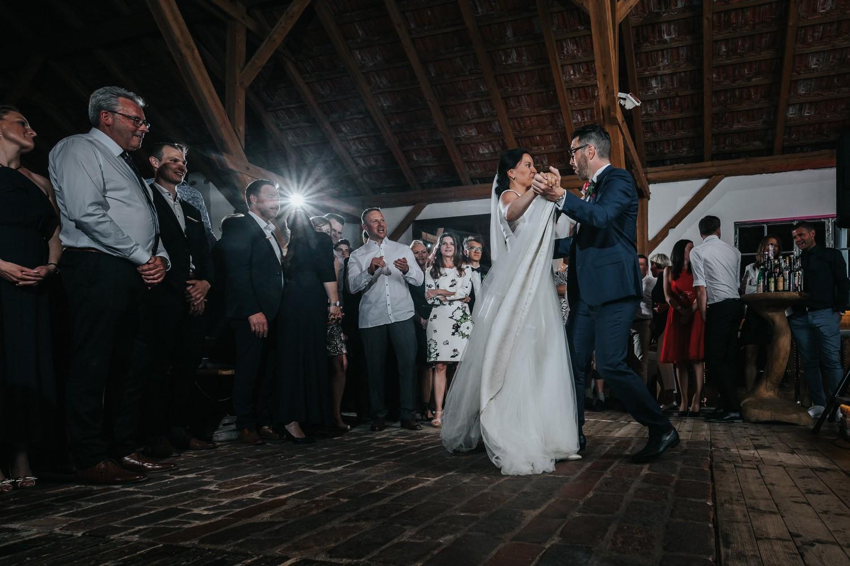 freie Trauung auf Gut Aichet, der Hochzeitstanz
