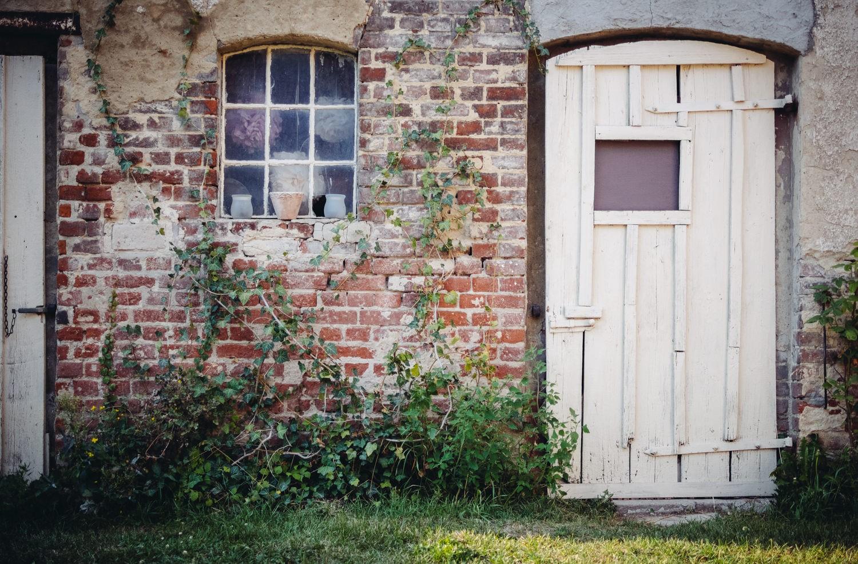 freie Trauung in Dobbrikow, Tür zum Bauernhaus