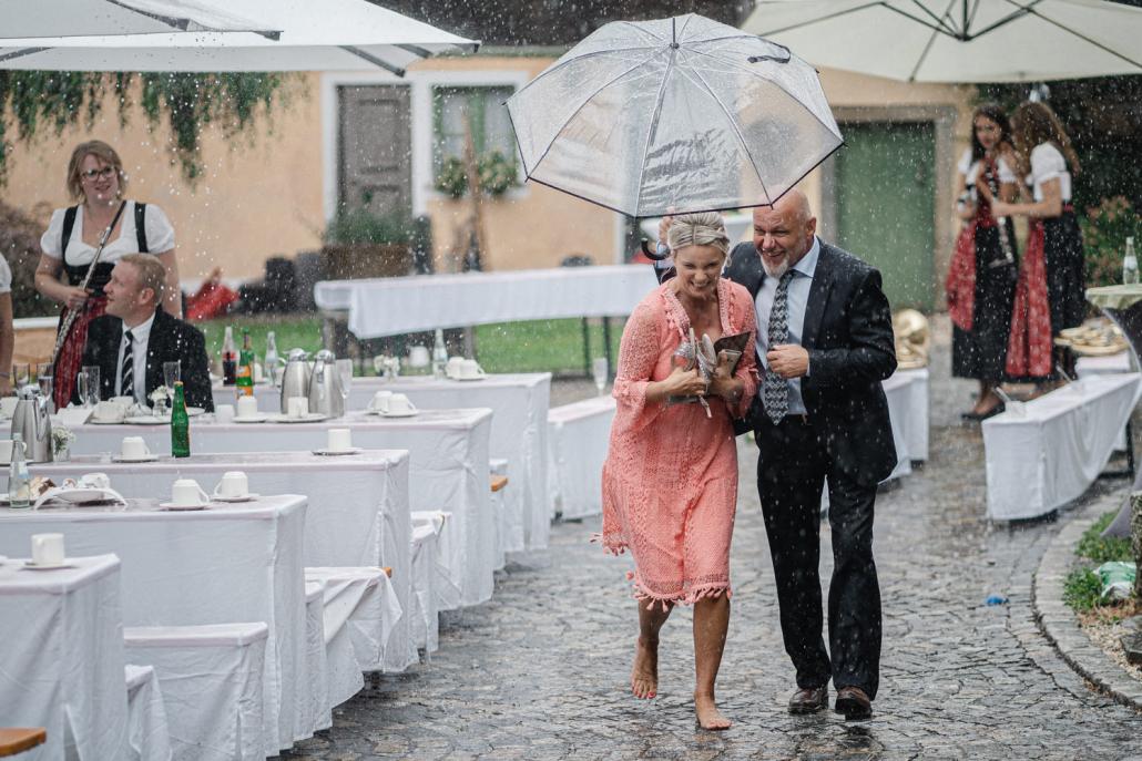 Hochzeit im Rupperts Bonvivant Windorf, Regenguss