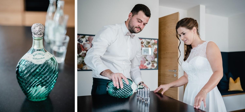 Hochzeit in Bad Birnbach, Getting Ready in Osterhofen, Ein Schnaps geht immer