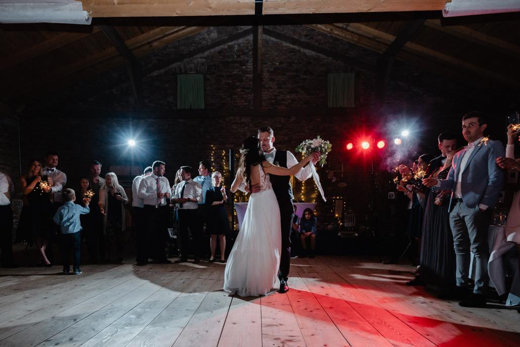 Hochzeit Burgruine Linden, Feier, der Brauttanz