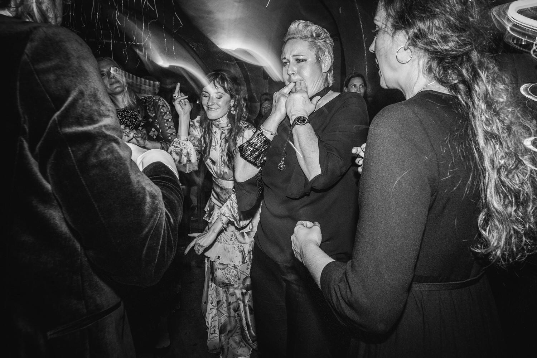 Hochzeitsfeier im Cubana Passau, die Stimmung auf der Tanzfläche eskaliert